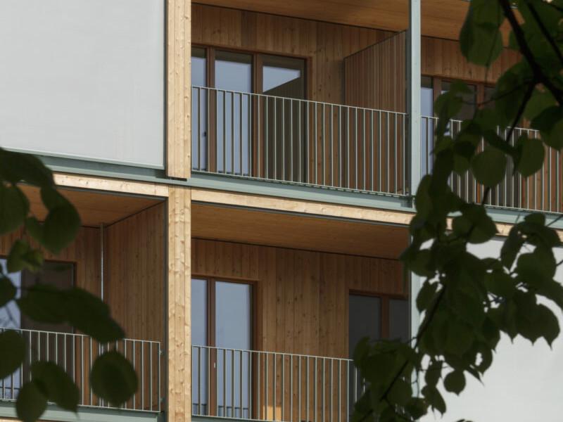 Landsberger Allee _Berlin_Holzbau-Wohnhaus_brandschutz-plus-eberl-pacan-brandschutzplaner_Detail Fassade_Jan Bitter