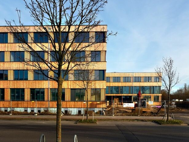 Neubau Firmengebäude Flexim GmbH Berlin_brandschutz plus eberl-pacan brandschutzplaner_Berlin_Foto Baustelle Ansicht