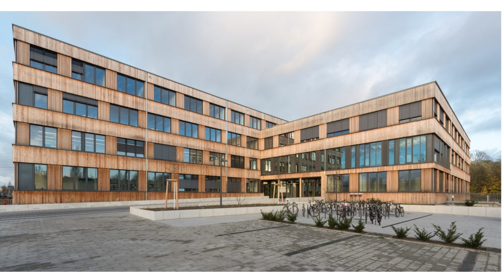 Firmengebäude Flexim GmbH Berlin_brandschutz plus eberl-pacan brandschutzplaner_Berlin_Gebäude aussen