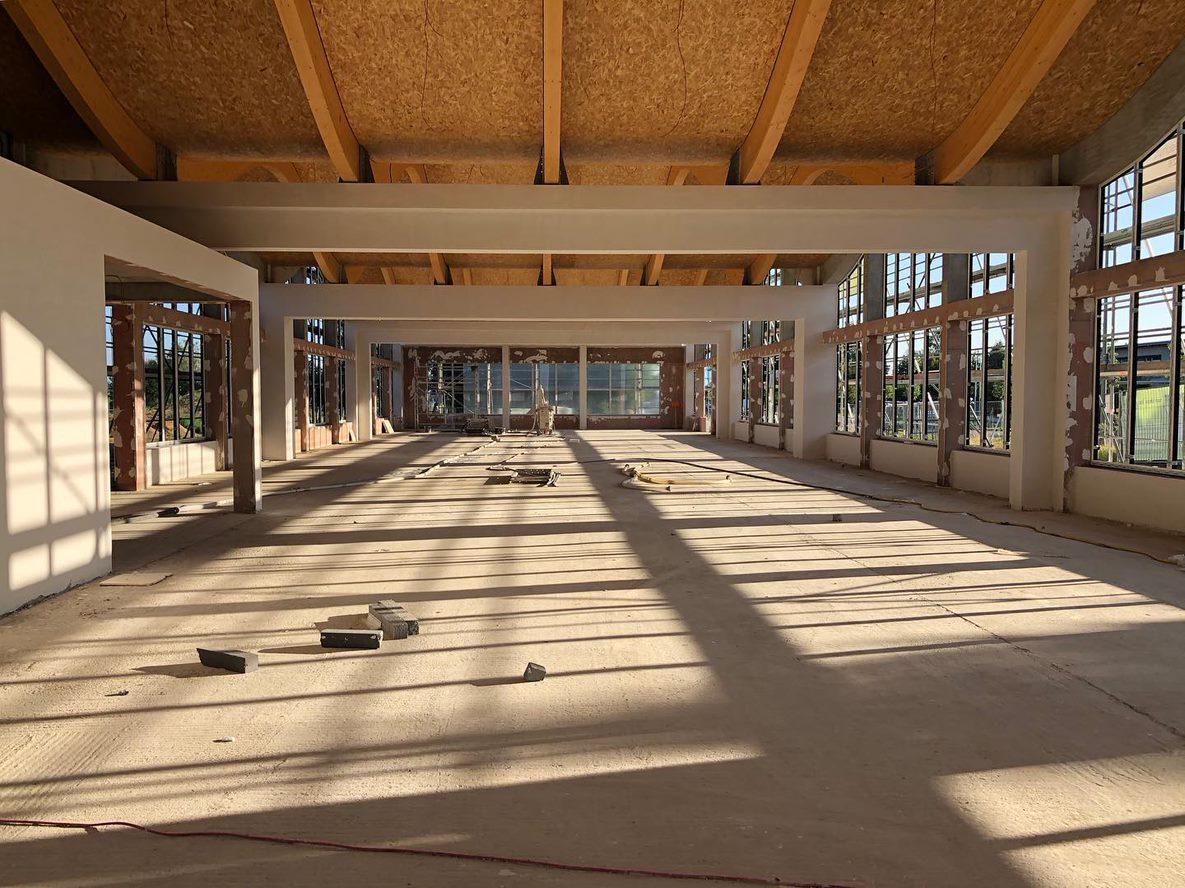 IT-Campus Paderborn_Innenansicht Rohbau_Holzkonstruktion Decke