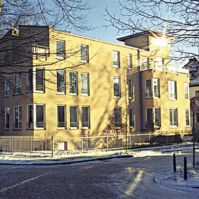 winterm__rchen-rem-inet_Frühe Architekturprojekte-Rembrandtstraße in Potsdam Dezember 1997 Foto-Reinhard Eberl-Pacan
